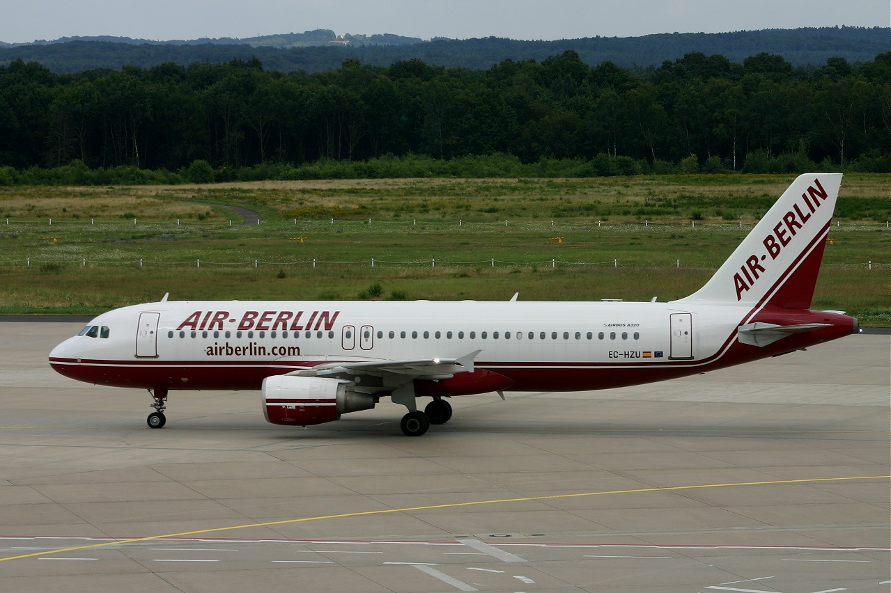 Air Berlin A320 ec hzu 30-07-05