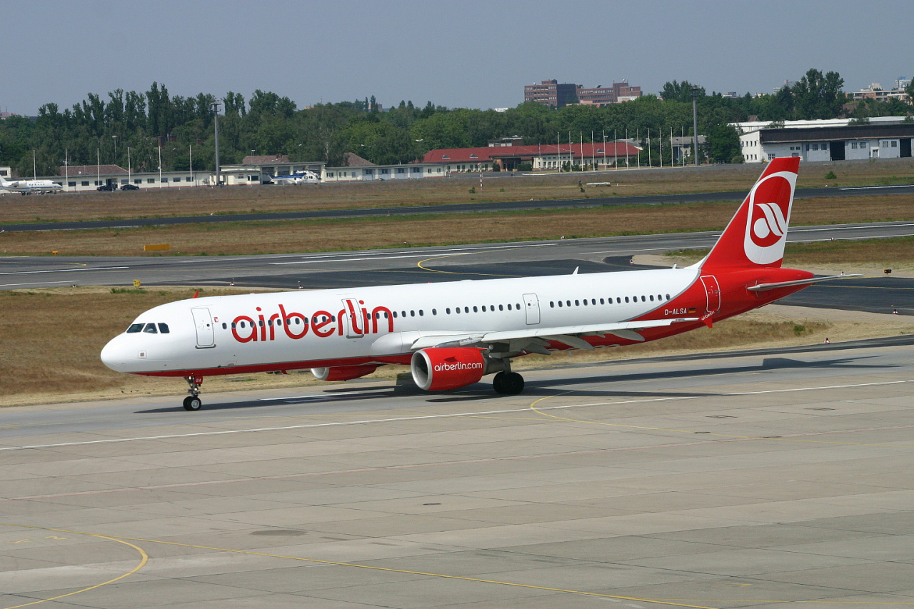 Air Berlin  A321  d alsa  31-05-08