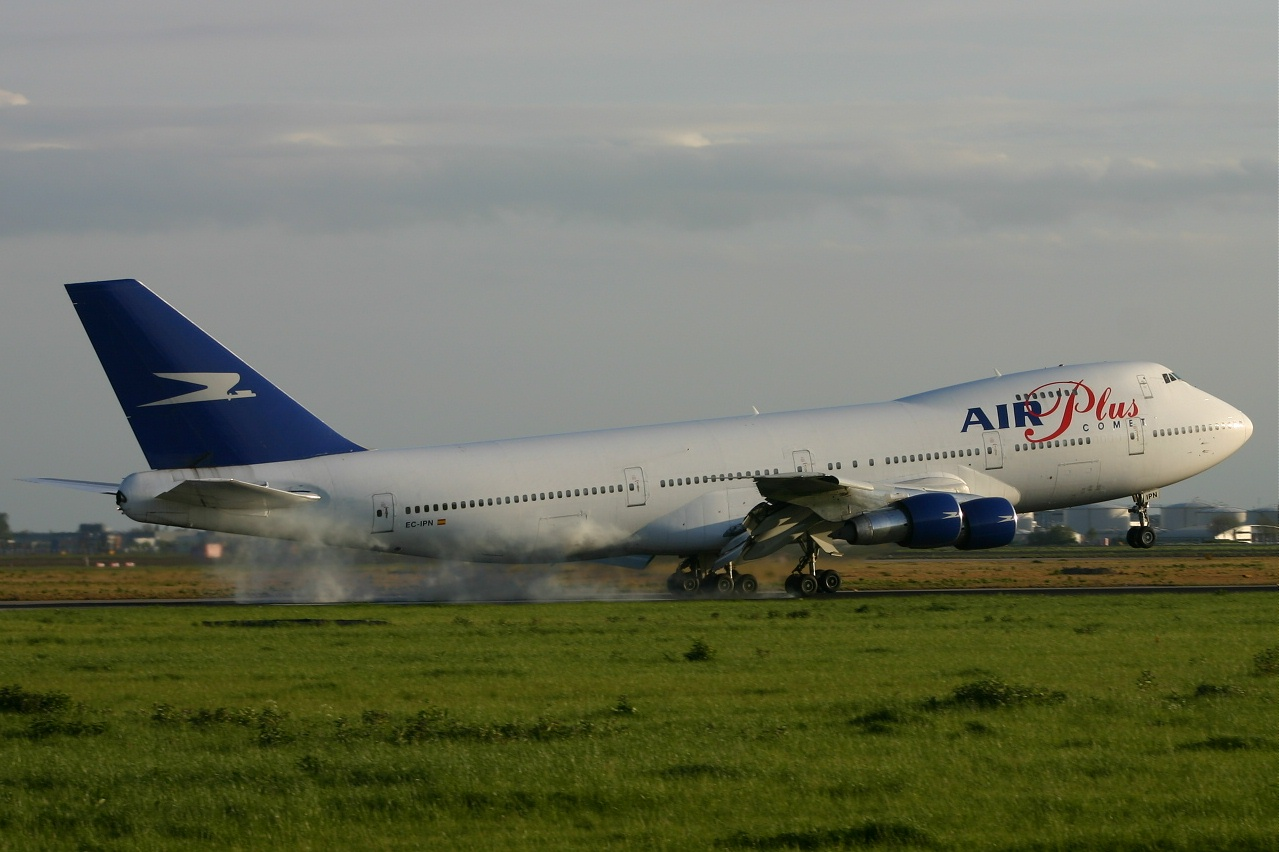 Air Plus  B747  ec ipn  06-05-05