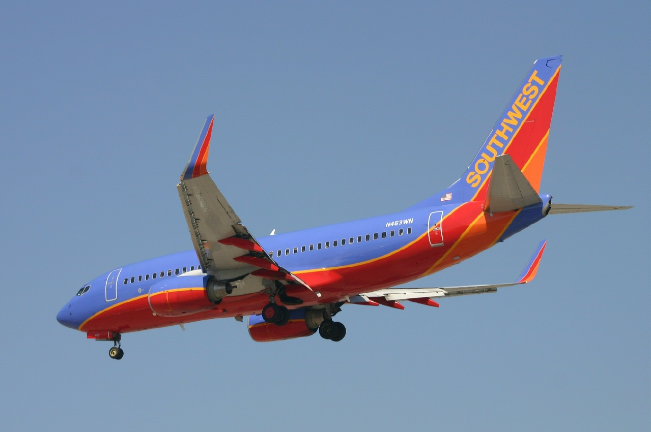 Southwest  B737  n453wn  22-09-05